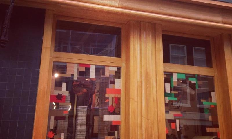 WonderWood Windows Fall 2014 – seasonal window dressing